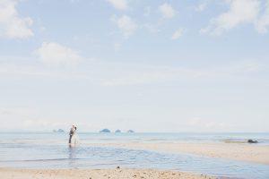 Oui-Au-Paradis-Organisation-Mariage-Thaïlande-Plage-ile-Koh-Samui-Island-Wedding-Planner-Thailand-Beach-event-eau-underwater-sous-marin-pool-piscine-subaquatique113
