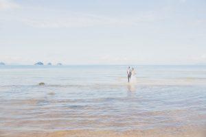 Oui-Au-Paradis-Organisation-Mariage-Thaïlande-Plage-ile-Koh-Samui-Island-Wedding-Planner-Thailand-Beach-event-eau-underwater-sous-marin-pool-piscine-subaquatique112