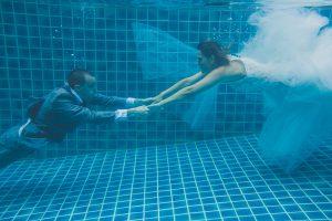 Oui-Au-Paradis-Organisation-Mariage-Thaïlande-Plage-ile-Koh-Samui-Island-Wedding-Planner-Thailand-Beach-event-eau-underwater-sous-marin-pool-piscine-subaquatique93