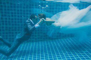 Oui-Au-Paradis-Organisation-Mariage-Thaïlande-Plage-ile-Koh-Samui-Island-Wedding-Planner-Thailand-Beach-event-eau-underwater-sous-marin-pool-piscine-subaquatique92