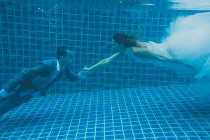 Oui-Au-Paradis-Organisation-Mariage-Thaïlande-Plage-ile-Koh-Samui-Island-Wedding-Planner-Thailand-Beach-event-eau-underwater-sous-marin-pool-piscine-subaquatique91