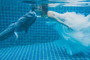 Oui-Au-Paradis-Organisation-Mariage-Thaïlande-Plage-ile-Koh-Samui-Island-Wedding-Planner-Thailand-Beach-event-eau-underwater-sous-marin-pool-piscine-subaquatique84