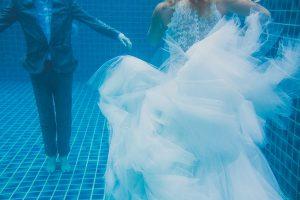 Oui-Au-Paradis-Organisation-Mariage-Thaïlande-Plage-ile-Koh-Samui-Island-Wedding-Planner-Thailand-Beach-event-eau-underwater-sous-marin-pool-piscine-subaquatique83