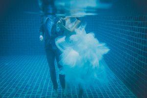 Oui-Au-Paradis-Organisation-Mariage-Thaïlande-Plage-ile-Koh-Samui-Island-Wedding-Planner-Thailand-Beach-event-eau-underwater-sous-marin-pool-piscine-subaquatique82