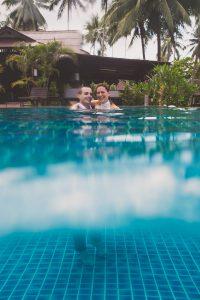 Oui-Au-Paradis-Organisation-Mariage-Thaïlande-Plage-ile-Koh-Samui-Island-Wedding-Planner-Thailand-Beach-event-eau-underwater-sous-marin-pool-piscine-subaquatique81