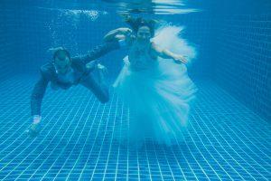 Oui-Au-Paradis-Organisation-Mariage-Thaïlande-Plage-ile-Koh-Samui-Island-Wedding-Planner-Thailand-Beach-event-eau-underwater-sous-marin-pool-piscine-subaquatique77