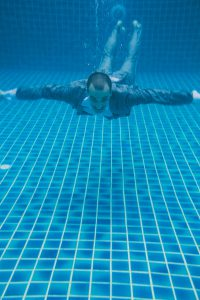 Oui-Au-Paradis-Organisation-Mariage-Thaïlande-Plage-ile-Koh-Samui-Island-Wedding-Planner-Thailand-Beach-event-eau-underwater-sous-marin-pool-piscine-subaquatique72