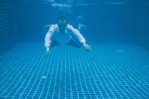 Oui-Au-Paradis-Organisation-Mariage-Thaïlande-Plage-ile-Koh-Samui-Island-Wedding-Planner-Thailand-Beach-event-eau-underwater-sous-marin-pool-piscine-subaquatique69