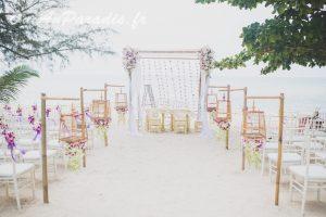 Organisation-Mariage-marier-maries-mariee-ceremonie-Thailande-Plage-ile-Koh-Samui-Island-thai-evenementiel-evenements-demande-fiancailles-EVJF-EVG-noces-voyages-Wedding-ceremony-Planner-Thailand-Beach-Events-event-request-bachelor-bachelorette-groom-bride-bridal-chairs-tables-flowers-candles-chaises-tables-fleurs-bougies-gazebo-88