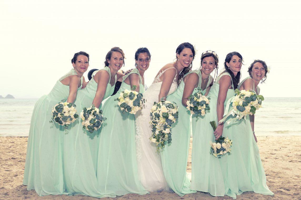 Oui Au Paradis Thaïlande - Organisation Mariage - Wedding planner - Mariage légal - Cérémonie bouddhiste - Renouvellement de vœux - Mariage civil - Mariage plage - organisateur -Agence organisation - destination mariage plage - tenue mariée sur mesure - robe demoiselles d'honneur - robe témoins - tenues mariages sur mesure